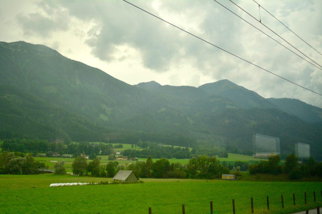Bahnfahrt-Landschaft-Obersteiermark
